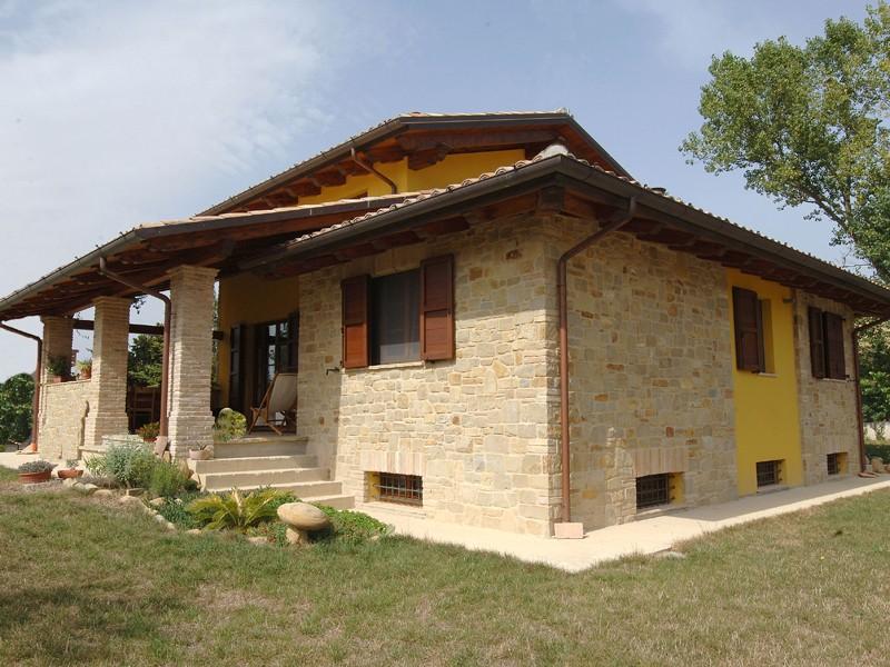 Tetti in legno a Lucca e Toscana - La Pergola S.r.l.
